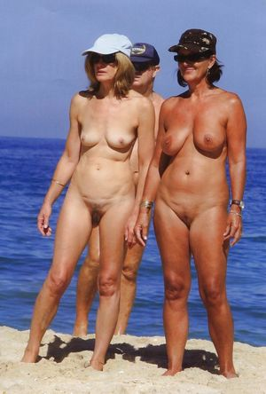 nudist living