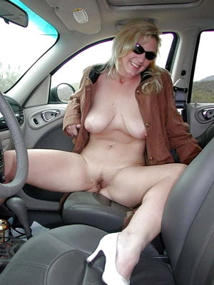 nude wife in car