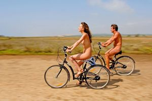 nudist dating sites